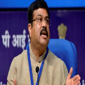 Education Minister Raises Concerns Over Director, Chairman and Faculty Posts Lying Vacant in IITs, IIITs and NITs