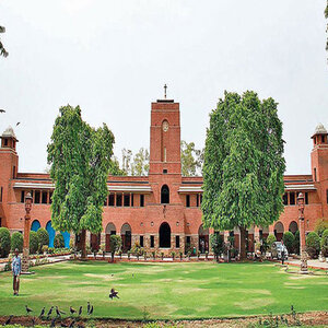 Delhi University to release first cut off list for undergraduate courses today, check here for further details