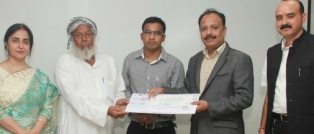 Pharma giant LUPIN  awarded scholarship to LPU Pharmacy student