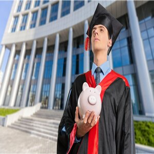 Different Ways to Finance your Studies Abroad