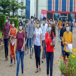 Govt May Postpone NEET, Incentivise Medical Students for Joining COVID-19 Duty