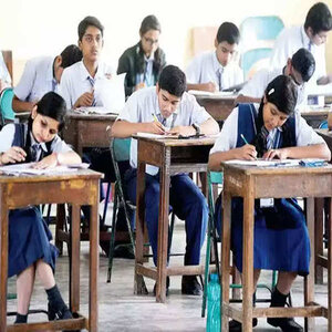 Considering Covid-19 Situation, CBSE Permits Board Examinees to Change Exam Centres