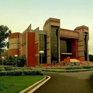 IIM Calcutta Launches Communication Strategies for Corporate Leaders Programme