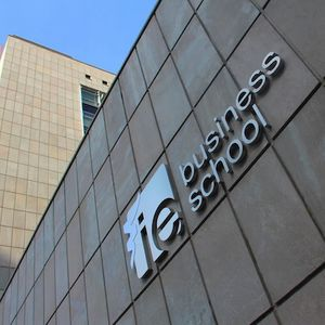 IE Business School ranks 12th in Executive MBA Financial Times Global Ranking; occupies Top position of 'Professional Experience' category