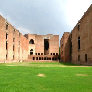 IIM-Ahmedabad Strives to Offer Customised Management Programme for Nuclear Scientists, Officials of DAE Organisations