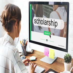 How to Find a Scholarship to Study Abroad for Free