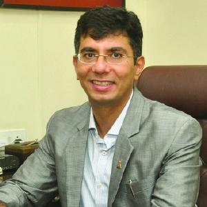 Vidur Kapoor,Chairman