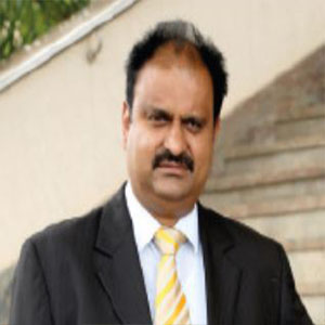 Dr. M Padmaa Paarakh,Principal