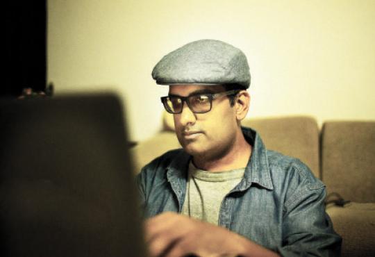 Mahesh Ravi
