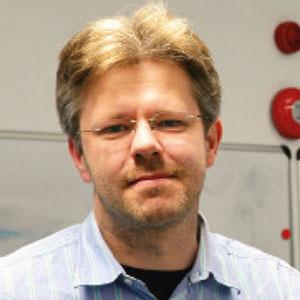 Dr. Denis Kramer